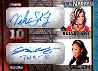 TNA Gail Kim & Velvet Sky 2012 TENacious GOLD Dual Autograph Card SN 31 of 100