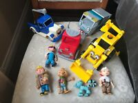 4 x CHUNKY BOB THE BUILDER VEHICLES AND 5 x FIGURES VGC