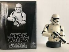 STAR WARS FIRST ORDER STORMTROOPER COLLECTIBLE MINI BUST BY GENTLE GIANT