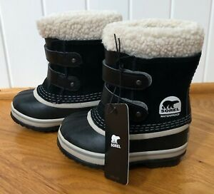 New Sorel 1964 Pac Strap Boot Black Youth Size 7