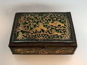 Antique Thewa Partabgarh Silver And Gold Snuff Box - Tiger Hunt - Ca. 1850