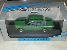 Minichamps, BMW 1600-2, collectable 1:43.