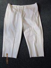 Merona White Capris Pants   sz 24 W   Waist 42 Inseam 24 Rise 12 in