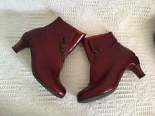 J Shoes Size 4 Funky Dark Red Boots