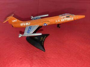 Maisto Diecast Aircraft- Lockheed F104 Starfighter