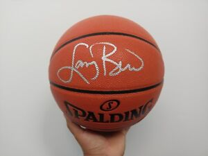 LARRY BIRD - Boston Celtic Signed Basketball with COA