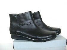 Clarks 'Hope Track' Black leather smart ankle boots size 6 RRP £69