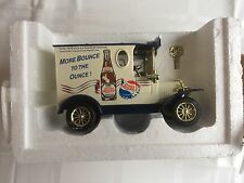 Golden Wheel 1925 Ford Model T Pepsi Delivery Truck Diecast Coin Bank 1:24 Nib