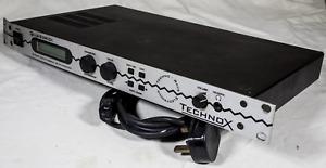 Quasimidi Technox 16 part multitimbral synthesizer rack mount spares or repair