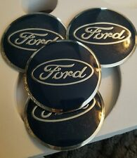 Set di 4 FORD RUOTA HUB CAPS BADGE EMBLEMA ADESIVI IN METALLO 56mm di alta qualità UK