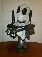 DEADPOOL X-Force Exclusive Life Size Bust Sideshow Collectibles 1:1 Scale MARVEL