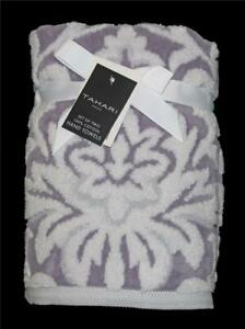 00002 Tahari Lilac White Sculpted Scroll Plush Terry Loop Velour Hand Towels NWT