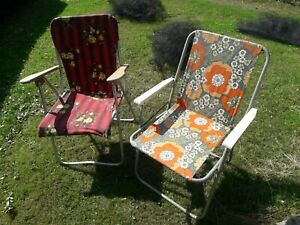 2 retro vintage floral folding deck chairs picnic camping