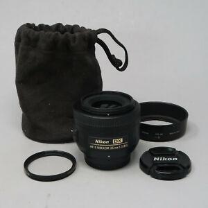 Nikon NIKKOR AF-S 35mm DX f/1.8 Prime Lens - plus Lens Hood & Filter
