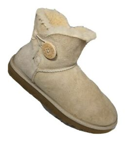 UGG Australia Bailey Button Ankle 3352 Sheepskin Suede Low Boots Tan Womens 8 39