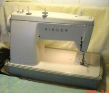 Vintage Singer Sewing Machine Electric Stylist 513 w/Manual Needles Buttonholer