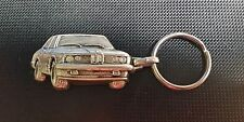 BMW 7er E23 Schlüsselanhänger Keyring silbern relief - Maße Fahrzeug 45x25mm