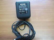 AC Adapter Amigo Model AM-091000AV Output 9V ---1000mA
