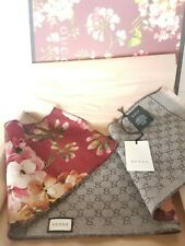 NEW Authentic GUCCI Blooms Interlocking GG Wool Scarf Red w/Box