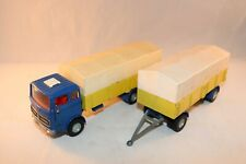 Dinky Toys 917 Mercedes-Benz LP 1920 with trailer in excellent+ condition