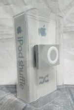 New UNOPENED! Apple iPOD SHUFFLE Part No. MA565LL/A 1 GB Silver compact clip