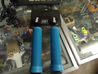 ODI LONGNECK SOFT FLANGELESS AQUA BMX BICYCLE SCOOTER BIKE FIXED HYBRID GRIPS