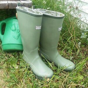 New Smith & Hawken Knee High Gardening Rain Boots Size 8 Green Rubber
