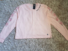 New Women's HOLLISTER Rose Embroidered Graphic Tee Size M T-Shirt light pink