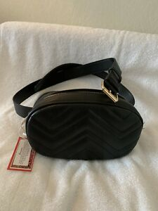 NWT Everywhere Belt Bag Zipper Black Fanny Pack Classic Oval Shape