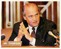Fred Thompson HAND SIGNED 8x10 Photograph! Actor! Senator! 2008 Election!