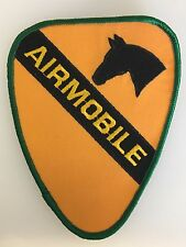 America/American U.S. Army Vietnam War 1st Cavalry 'Air mobile' cloth patch