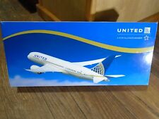 LYSIA MARCOMM LIMITED--UNITED AIRLINES--BOEING 787-8 AIRPLANE (LOOK) 1:200 SCALE