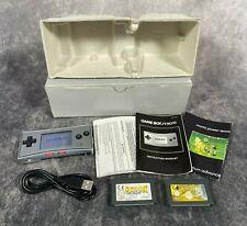 Plata Nintendo Game Boy Micro probado portátil de consola en caja + Paquete De Juegos