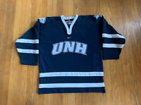 UNH Wildcats New Hampshire University Vintage 90's Hockey Jersey Blue Mens L