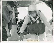 1950s SKY DIVING - Original Photo # 1