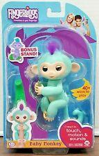 FINGERLINGS Zoe Green w/ Purple Hair Bonus Stand Interactive Pet Baby Monkey A3