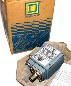 NEW SQUARE D 9012GDW-5 PRESSURE SWITCH 9012GDW5