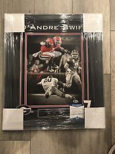 D'Andre Swift Signed Framed 11x14 Photo Georgia Bulldogs Beckett BAS Coa