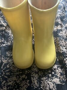 "Gabrielle Paddington Bear Dunlop Wellingtons Size 5  For 18"" Bear"