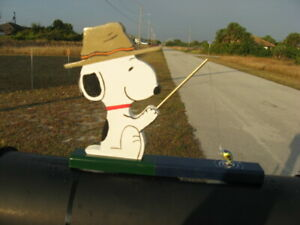 """NEW Snoopy """"A Day fishing"""" Mailbox Topper Handmade"""