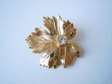 Goldfarbene Modeschmuck Brosche Blatt Motiv Strass Stein 3,3 g/3,0 x 2,9 cm