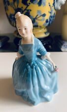 Vintage Royal Doulton Figurine A Child From Williamsburg Hn 2154