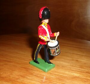 Britains Limited Royal Scots Dragoon Band Drummer 00102 new 1 pc metal composit