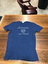 ABERCROMBIE & FITCH - BRAND NEW BLUE SHORT-SLEEVE T-SHIRT - SIZE ADULT SMALL