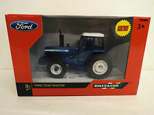 BRITAINS FARM 42841 FORD TW30 TRACTOR MIB   (BS924)