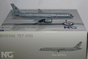 NG Model 53146 Boeing 757-2K2 Royal New Zealand Air Force NZ7572 in 1:400 scale
