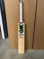 Gunn & Moore Paragon Excalibur Cricket Bat