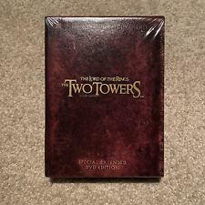 New ListingThe Lord of the Rings: The Two Towers (4 Disc Set)