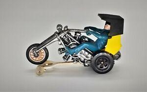 Hot Wheels RRRumbler Revolution Yellow - Track-Rack - Worldwide Shipping