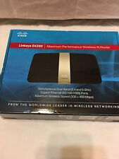 Linksys E4200 V2 Maximum Performance Dual-Band N900 - IPV6 ready by Cisco